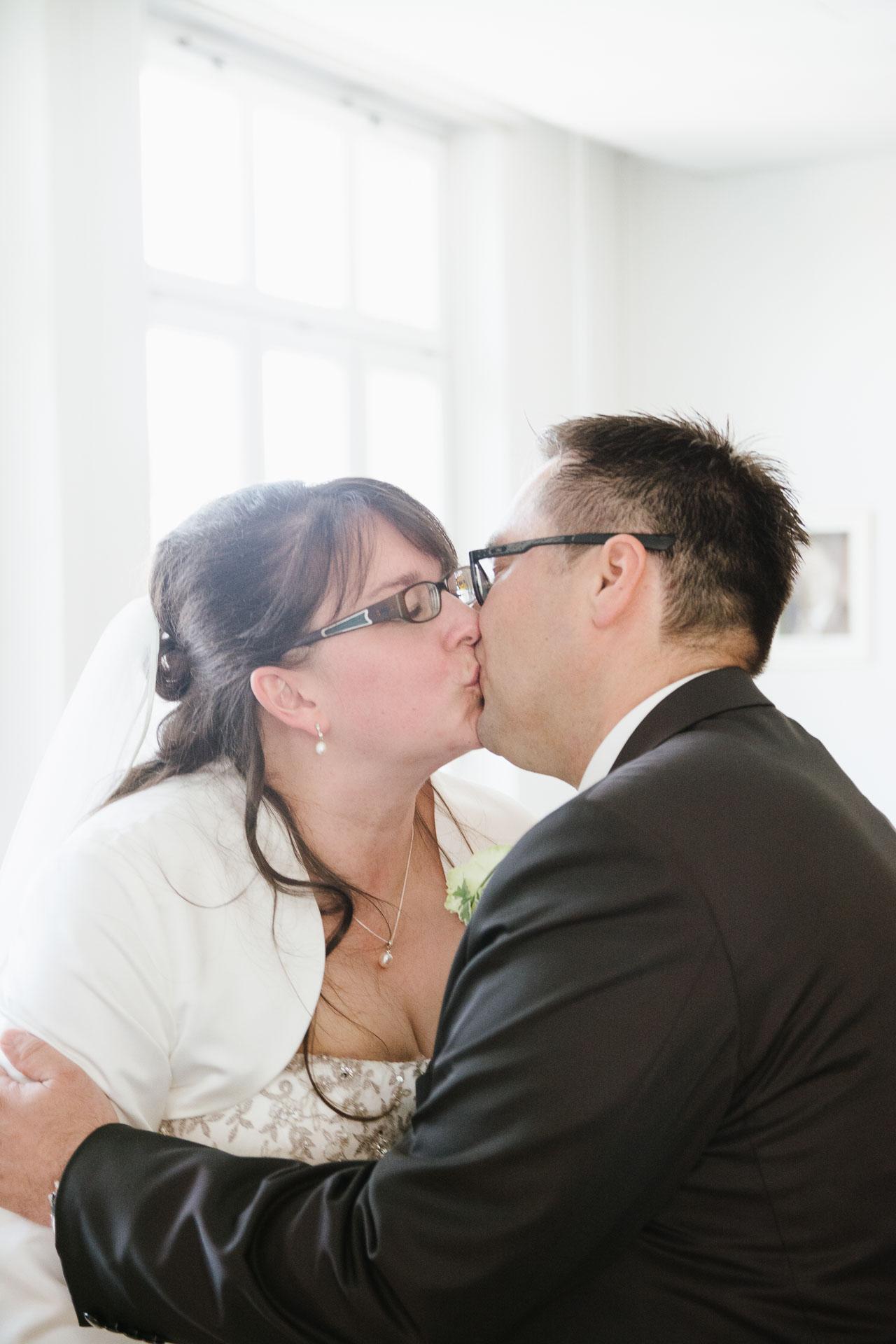 Kuss des Brautpaars